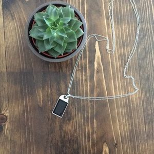🔲 WHBM - Blk rectangle stone pendant